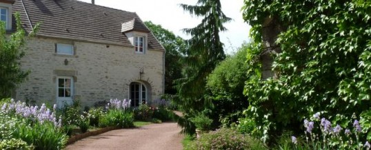 charming guest house in burgundy