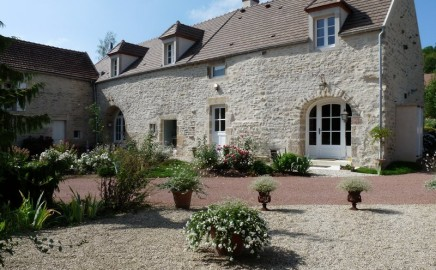 Charming Bed and Breakfast in Burgundy