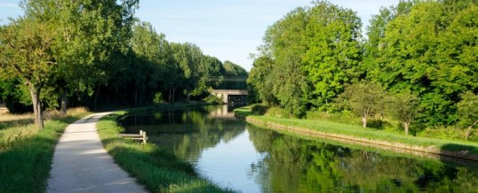 Warm b and b:Canals of Burgundy